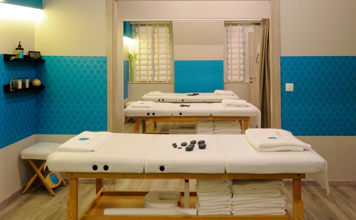DEEP TISSUE BODY MASSAGE FOR 3 PERSONS
